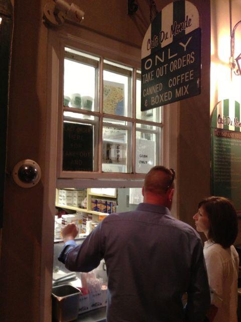 Cafe Du Monde take out