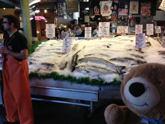 Pike Place Market fish throwing