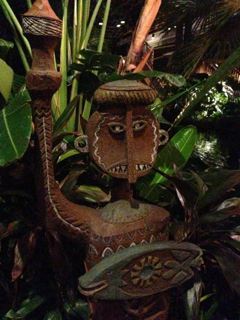 Hawaiian wood sculpture at Disney's Polynesian Resort