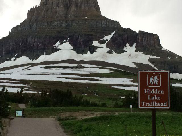 Hidden Lake Trail trailhead sign at Logan Pass