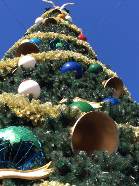 Epcot Christmas Tree 2014