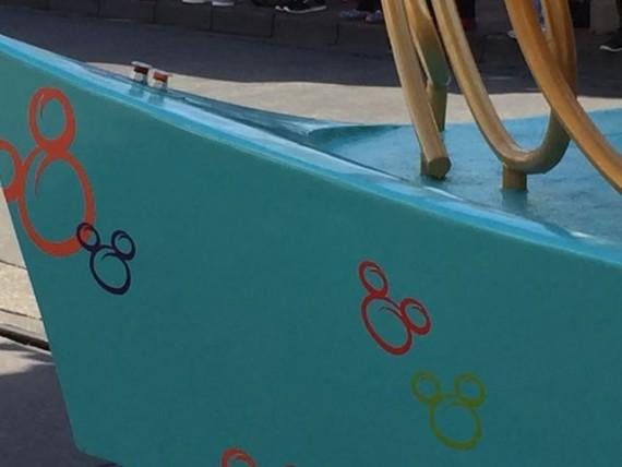 Disney Parade float images