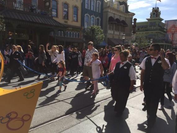 Disney Parade rope following