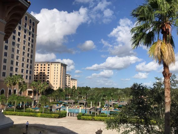 Rosen Shingle Creek pool area