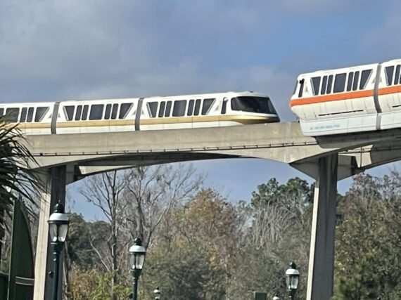 Two Disney monorails close to each other