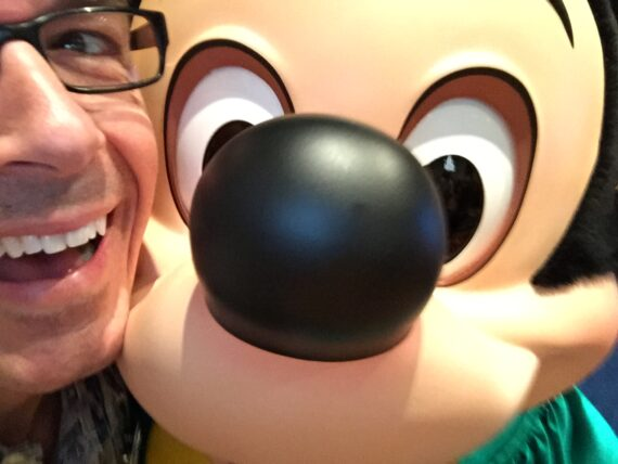 Disney Speaker Jeff Noel nose to nose with Mickey Mouse